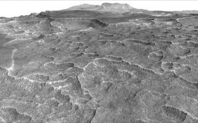 Τεράστιες ποσότητες νερού σε μορφή πάγου βρέθηκαν στον Άρη