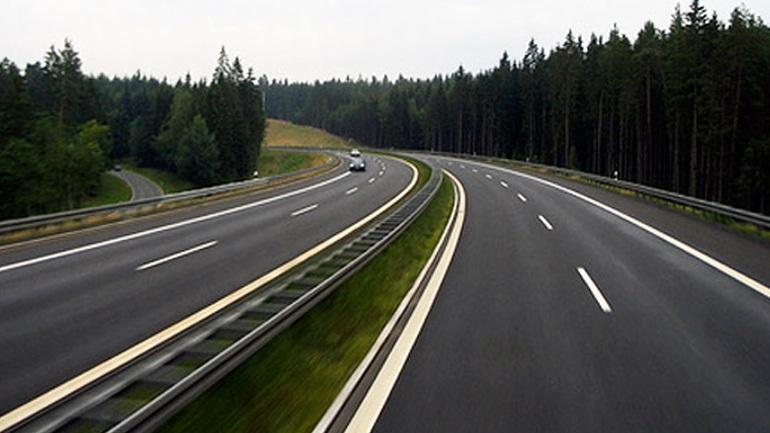 Γερμανία: Οι αυτοκινητόδρομοι παραμένουν στο κράτος