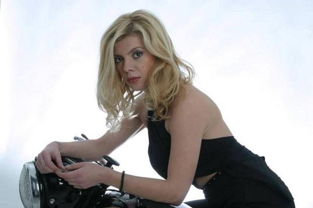 Βγήκε από το Δρομοκαϊτειο η ηθοποιός Τριανταφύλλη Μπουτεράκου