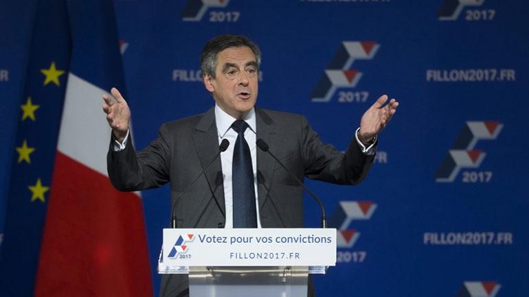 Ο Φρανσουά Φιγιόν νικητής στις εκλογές της κεντροδεξιάς στη Γαλλία