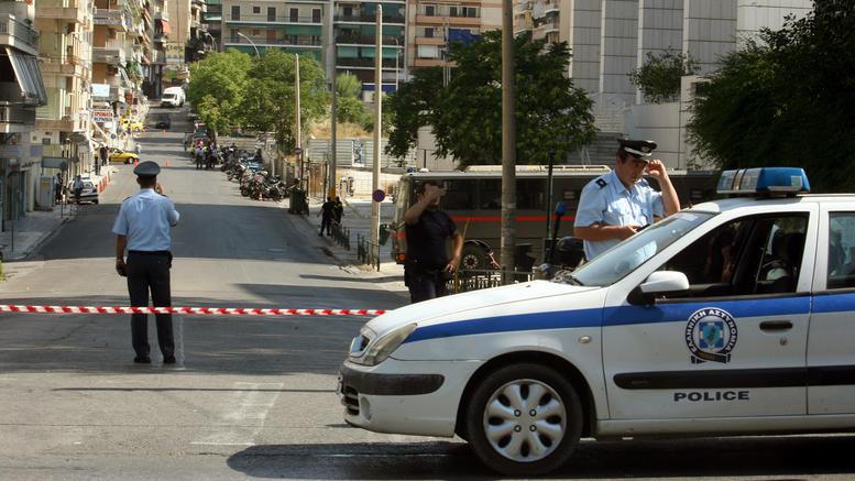 Πρωινή εισβολή αντιεξουσιαστών στο Εφετείο Αθηνών
