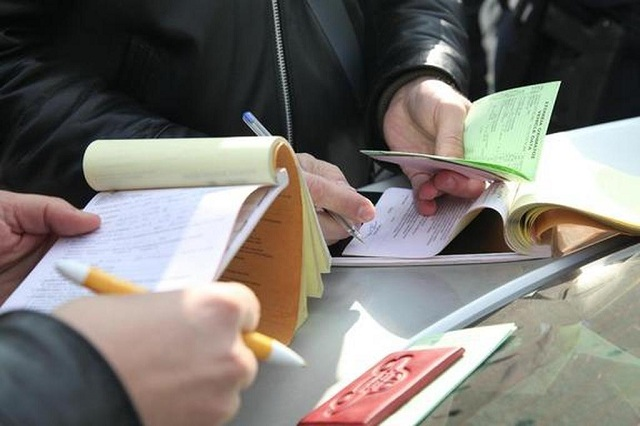 Πληθαίνουν οι παραβάσεις επιχειρήσεων σχετικά με την τήρηση εργατικής νομοθεσίας