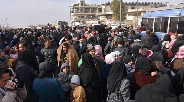 Τουλάχιστον 50.000 άνθρωποι εγκατέλειψαν το Χαλέπι τις τελευταίες 4 μέρες