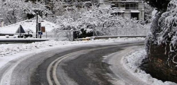 Στα λευκά το βουνό των Κενταύρων. 25 εκατ. το χιόνι στις Αγριόλευκες
