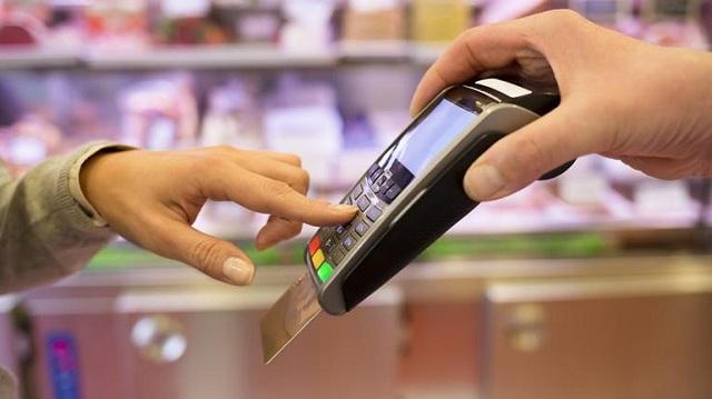 Αλλαγές στο σχέδιο νόμου για το πλαστικό χρήμα