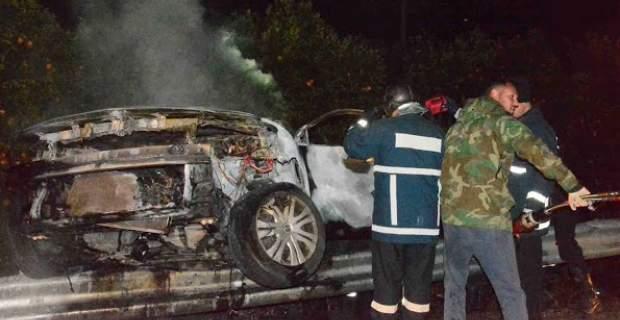 Νεαρή οδηγός κάηκε ζωντανή μέσα στο αυτοκίνητο της