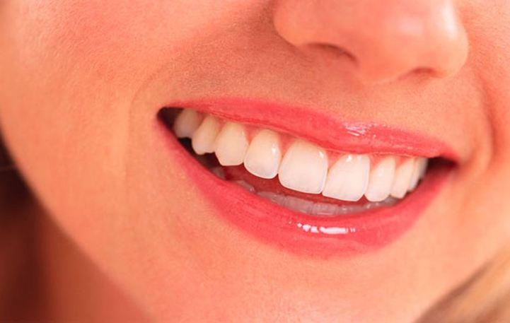 10 κορυφαία λάθη που κάνουμε με τα δόντια μας!