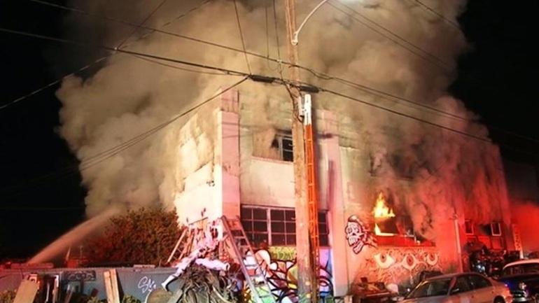 Καλιφόρνια: Έφτασαν τους 30 οι νεκροί από την πυρκαγιά στο μοιραίο πάρτι