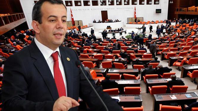 Τούρκος βουλευτής: Θα υψώσω στα νησιά την τουρκική σημαία. Θα στείλω την ελληνική πίσω