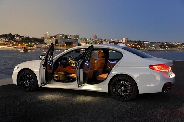 Κλείδωσαν εξ αποστάσεως τον κλέφτη μιας BMW 550i μέσα στο όχημα