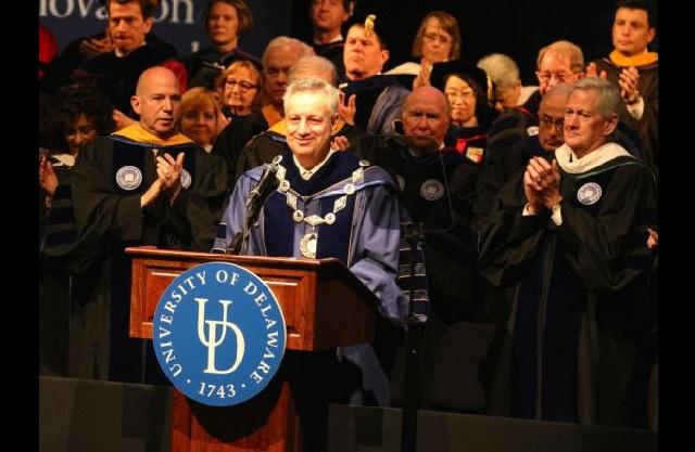 Ενας Ελληνας έγινε Πρύτανης στο Πανεπιστήμιο Delaware