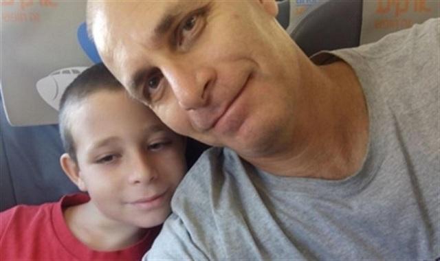 Συγκίνηση για τον θάνατο πατέρα που προσπάθησε μάταια να σώσει τον γιο του
