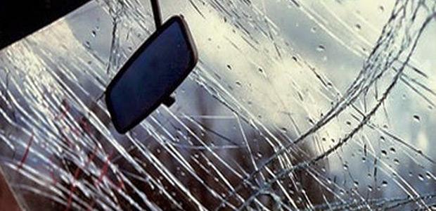 Τροχαίο στον Αλμυρό με ένα τραυματία -ΙΧ προσέκρουσε σε πινακίδα βενζινάδικου