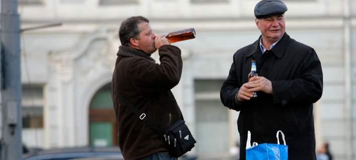 16 νεκροί στη Ρωσία από κατανάλωση αλκοόλ που περιείχε λοσιόν αφρόλουτρου