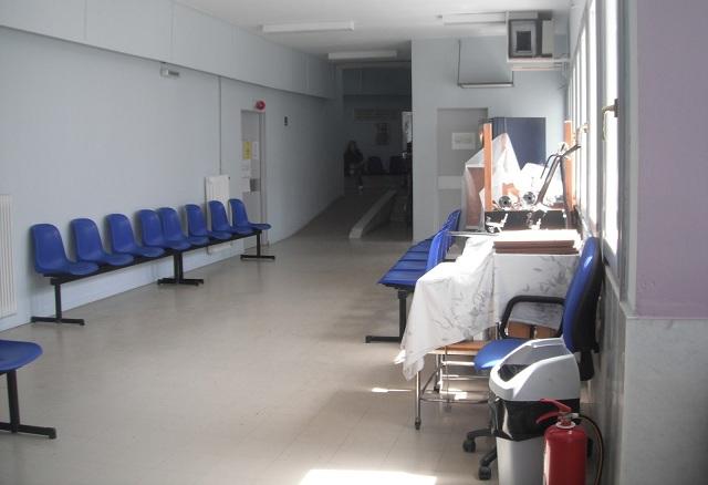 Λυγίζουν τα Κέντρα Υγείας, από υποστελέχωση και περικοπές δαπανών