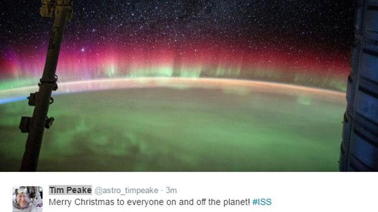 «Merry Christmas» από το διάστημα