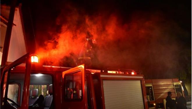 Τραγικές στιγμές στη Λάρισα έζησε εγκλωβισμένος σε φλεγόμενο σπίτι
