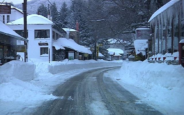 Ακινητοποιήθηκαν οχήματα στο Πήλιο λόγω παγετού