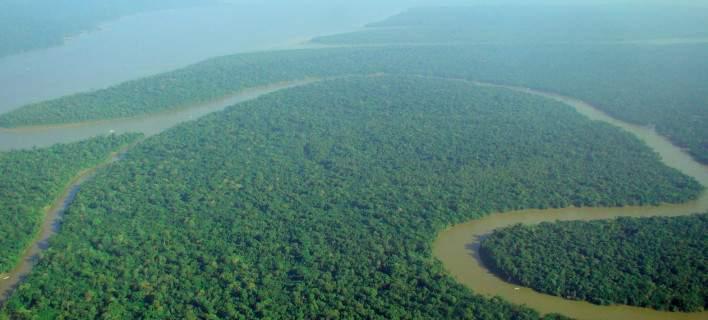 Χάθηκε στρατιωτικό ελικόπτερο με 13 επιβαίνοντες στη ζούγκλα του Αμαζονίου