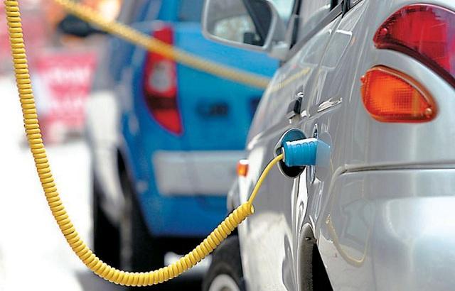 Ηλεκτρικά και υβριδικά αυτοκίνητα οι νέες τάσεις στην κατασκευή οχημάτων