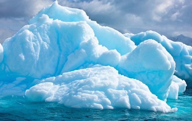 Παγόβουνο 85 φορές μεγαλύτερο από το Μανχάταν ετοιμάζεται να αποκολληθεί από την Ανταρκτική