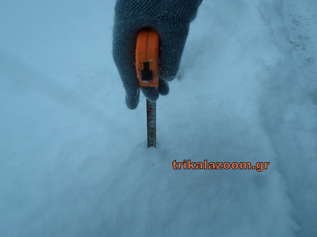 Το χιόνι στα Τρίκαλα ξεπέρασε τα 65 εκατοστά