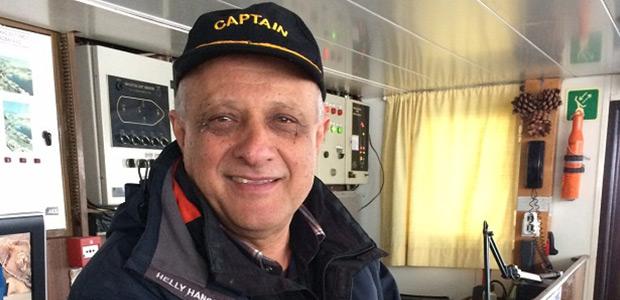 Ηρωικός καπετάνιος στο τιμόνι του ΠΡΩΤΕΑ [video]