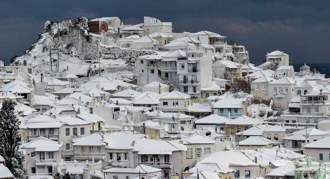 Αποζημιώσεις 150.000 ευρώ σε Σκόπελο και Αλόννησο λόγω κακοκαιρίας