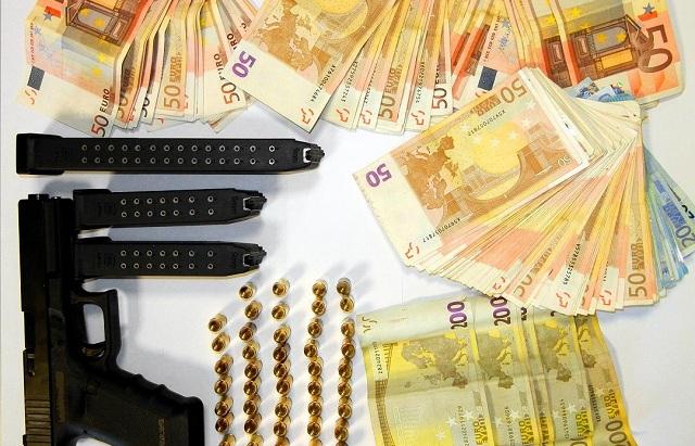 Δύο συλλήψεις για οπλοκατοχή