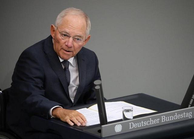 Συγκρατημένα αισιόδοξος για τις οικονομίες της ευρωζώνης ο Σόιμπλε