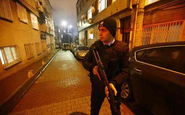 Ρουκέτα κατά του αρχηγείου της τουρκικής αστυνομίας στην Κωνσταντινούπολη