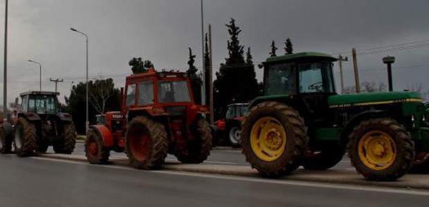 Μπλόκα αγροτών σε όλη την Ελλάδα. Ποιοι δρόμοι κλείνουν