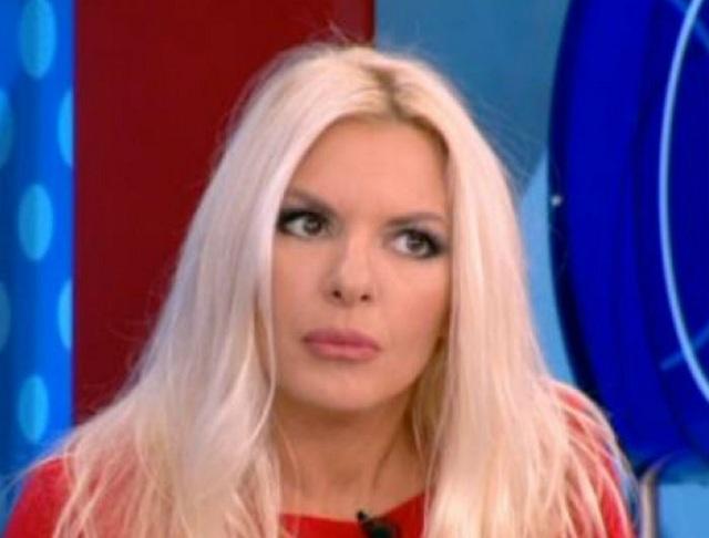 Αννίτα Πάνια: Έξαλλη ζήτησε να φύγει η καλεσμένη από το πλατό [video]
