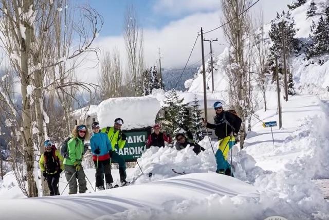 Εφτασαν με σκι στο ...Γαρδίκι [video]