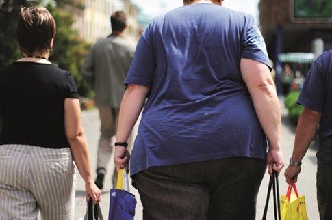 Παχυσαρκία και υπερτρίχωση αυξάνουν τον κίνδυνο κύστης κόκκυγα