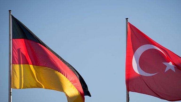 Τούρκοι στρατιώτες ζητούν άσυλο στη Γερμανία