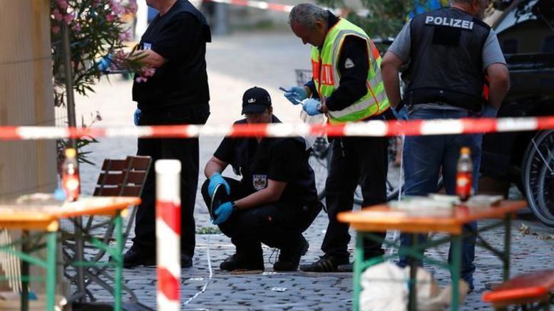 Σοκ στη Γερμανία: Πατέρας βρήκε στον κήπο 6 παιδιά νεκρά