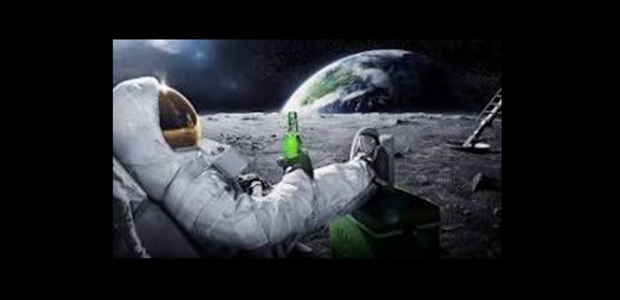 Τα social media γλεντούν με την «Ελληνική Διαστημική Υπηρεσία»