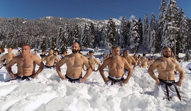 Πολεμικές Τέχνες μέσα στα χιόνια στο Περτούλι