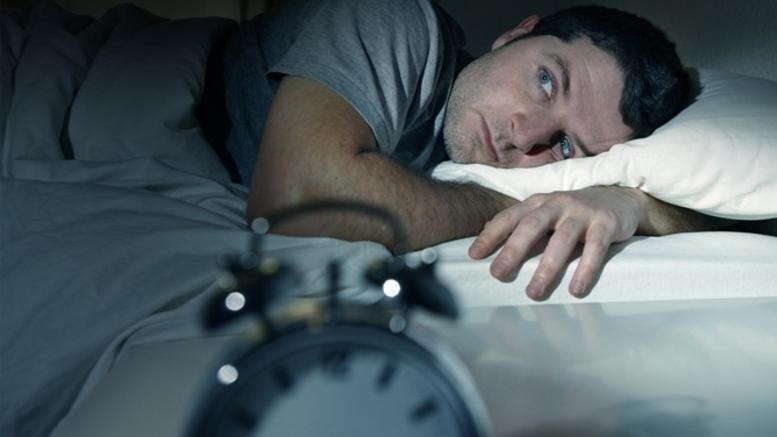 Εχετε αϋπνία; Η απλή λύση που προτείνουν οι επιστήμονες