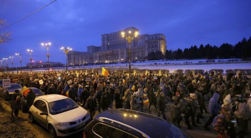 Αποσύρει η Ρουμανία αμφιλεγόμενο διάταγμα για τις υποθέσεις διαφθοράς