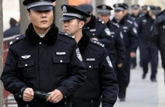 Κίνα: Θα παίρνουν αποτυπώματα από τους ξένους που επισκέπτονται τη χώρα