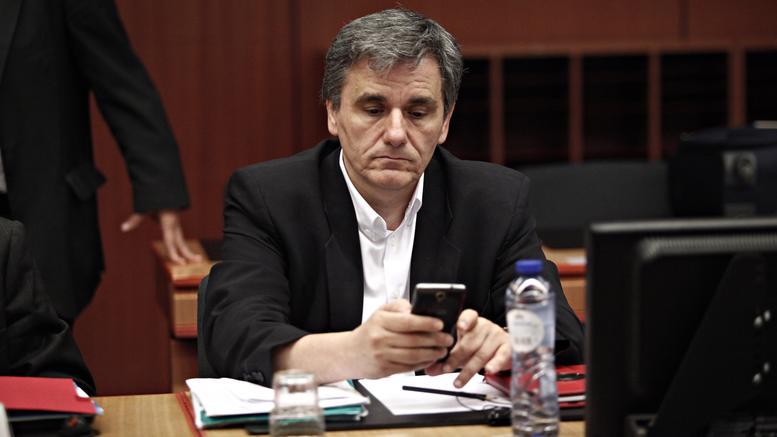 Εκτάκτως στις Βρυξέλλες ο Τσακαλώτος. Πρόταση των δανειστών για μέτρα 2% του ΑΕΠ