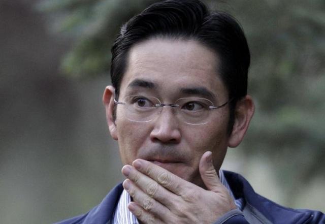 Ν. Κορέα: Ανοιχτό το ενδεχόμενο έκδοσης ενταλμάτων σύλληψης κατά στελεχών της Samsung