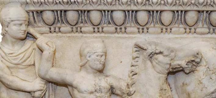 Επαναπατρισμός σαρκοφάγου ρωμαϊκών χρόνων που απέσπασαν αρχαιοκάπηλοι