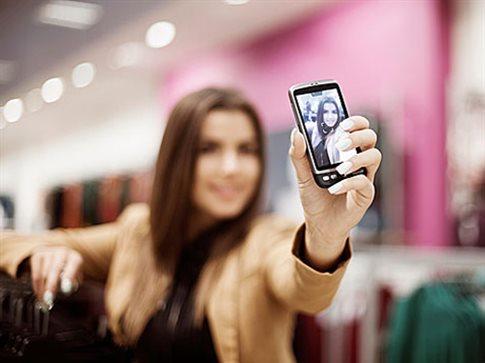 Μελέτη δείχνει ότι ισχύουν δύο μέτρα και δύο σταθμά όταν βγάζουμε selfies