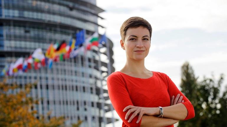 Σκα Κέλερ: «Σκανδαλώδης η συμπεριφορά της γερμανικής κυβέρνησης απέναντι στην Ελλάδα»