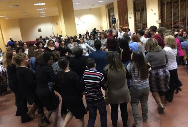 Μέλη 14 χορευτικών Συλλόγων συναντήθηκαν στο Συνεδριακό Κέντρο