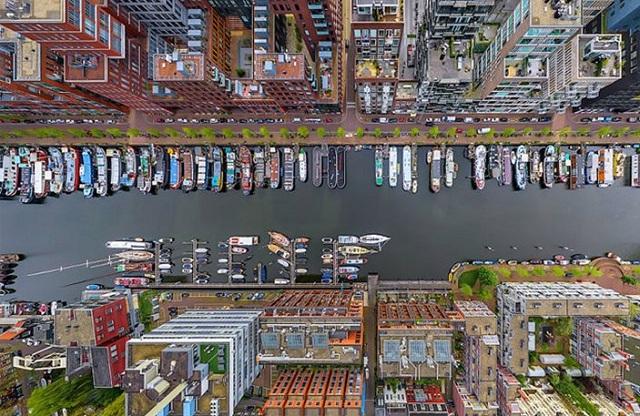 Δέκα μοναδικές φωτογραφίες πόλεων του κόσμου... από διαφορετική οπτική γωνία