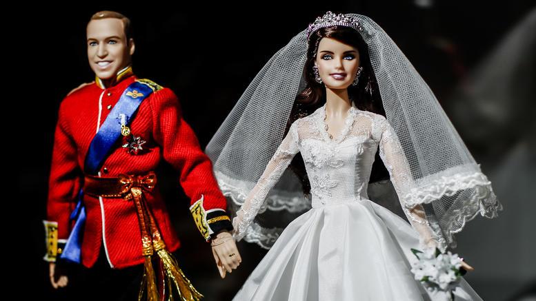 Η νύφη Κέιτ και ο γαμπρός Γουίλιαμ έγιναν κούκλες Barbie [εικόνες]